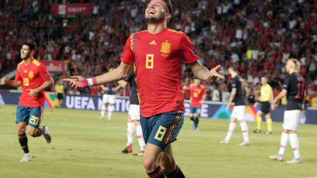 Saúl celebra su gol ante Croacia.