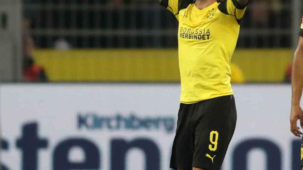Paco Alcácer marca su primer gol con el Borussia Dortmund