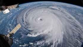 El huracán Florence visto desde una cámara en la Estación Espacial Internacional.