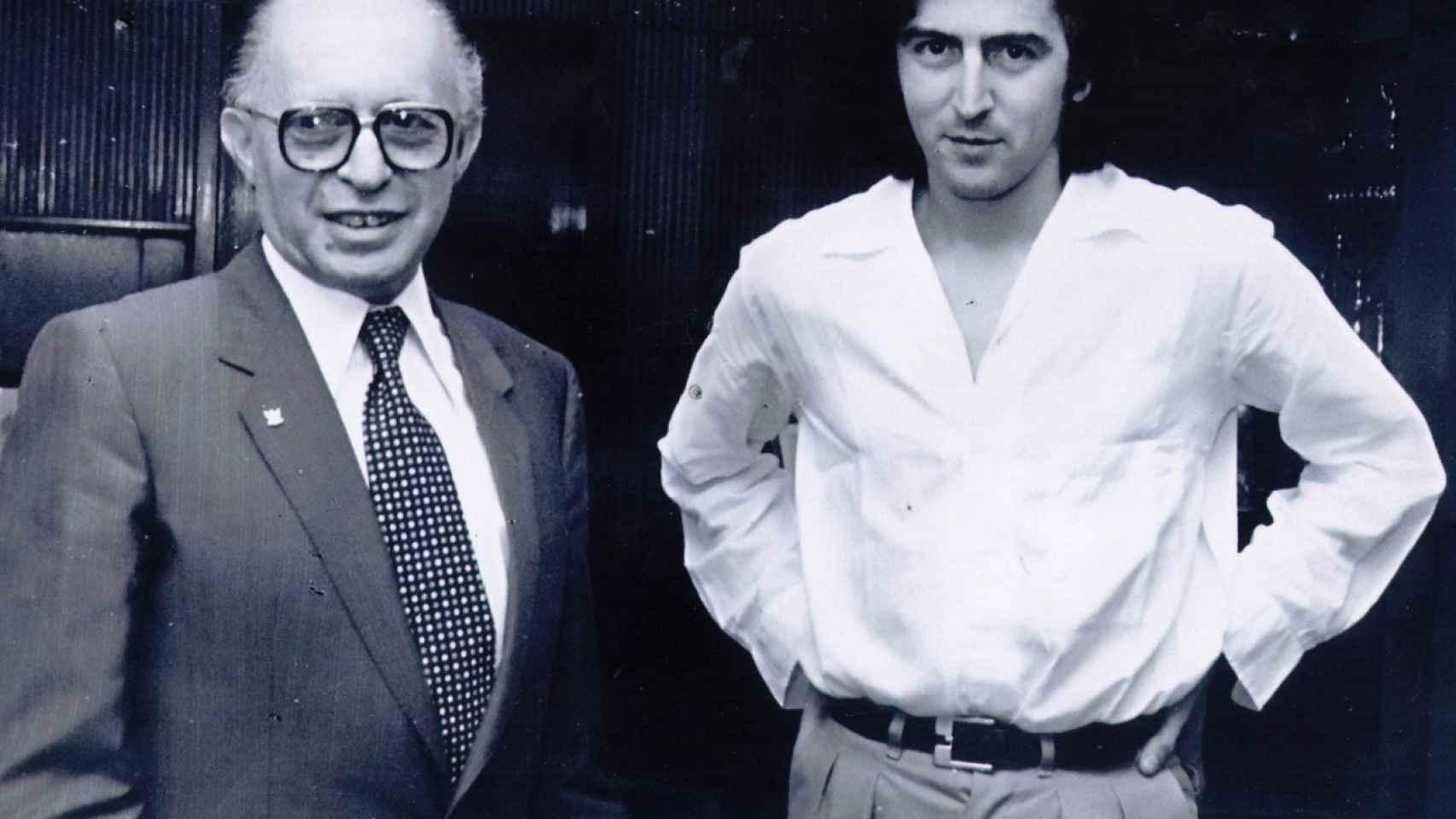 Bernard-Henri Lévy junto al exprimer ministro de Israel Menahem Begin en Jerusalén en 1979.
