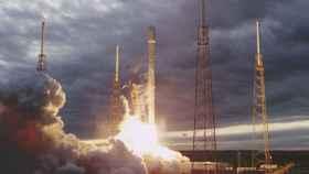Lanzamiento del Falcon 9.