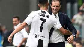 Cristiano celebra su gol con Allegri