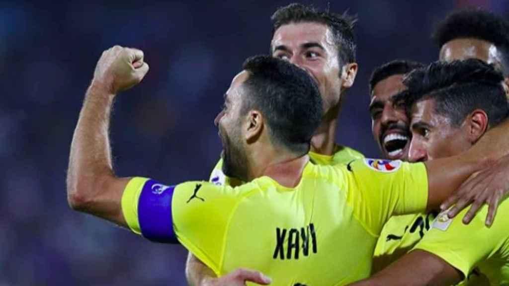 Xavi y Gabi celebran un gol con el Al-Sadd. Foto: Twitter (@alsaddsc)