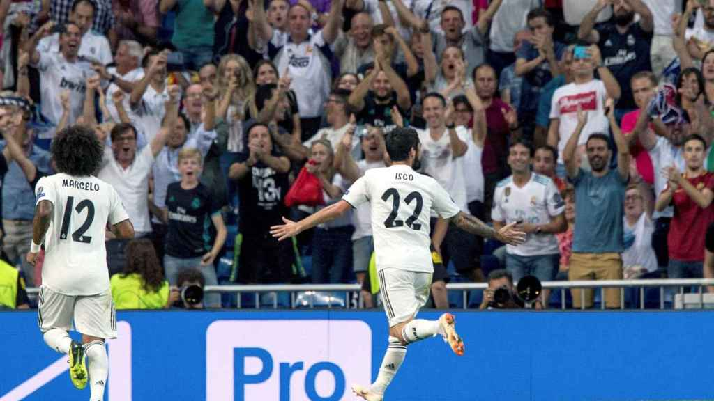 Isco Alarcón celebra un gol ante la Roma