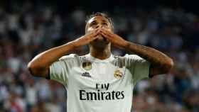 Mariano Díaz celebra su gol en Champions con el Real Madrid frente a la Roma