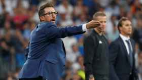 Di Francesco, dirigiendo a la Roma en el Santiago Bernabéu