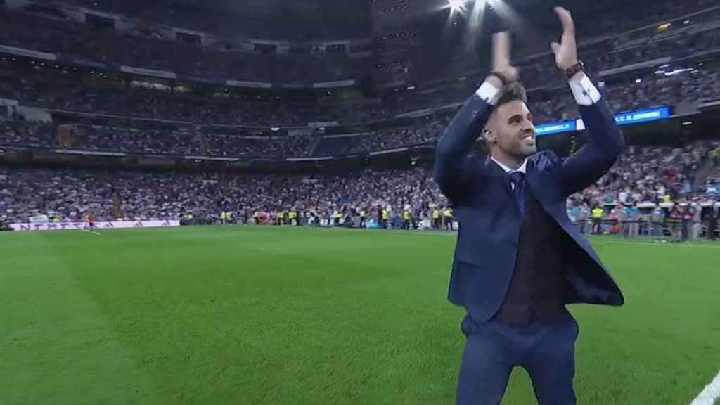 Saque de honor en el Santiago Bernabéu