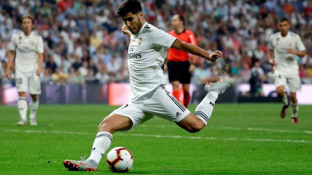 Asensio marca un gol contra el Espanyol