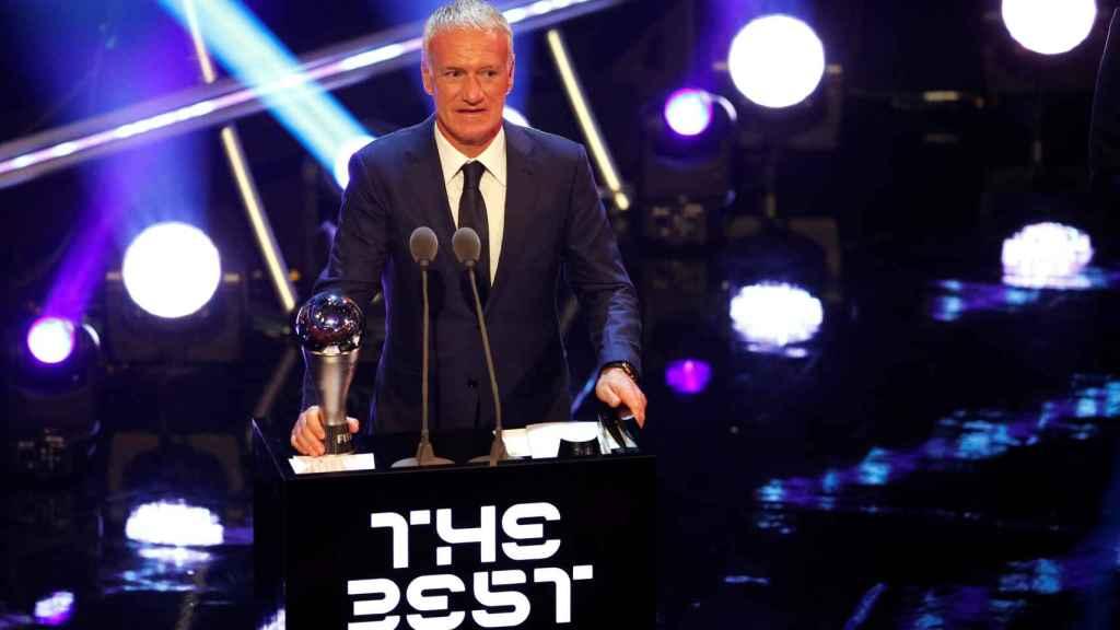 Deschamps elegido mejor entrenador del año en los premios The Best