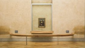 Vista de la Salle des États, en el Louvre, donde está expuesta La Gioconda.