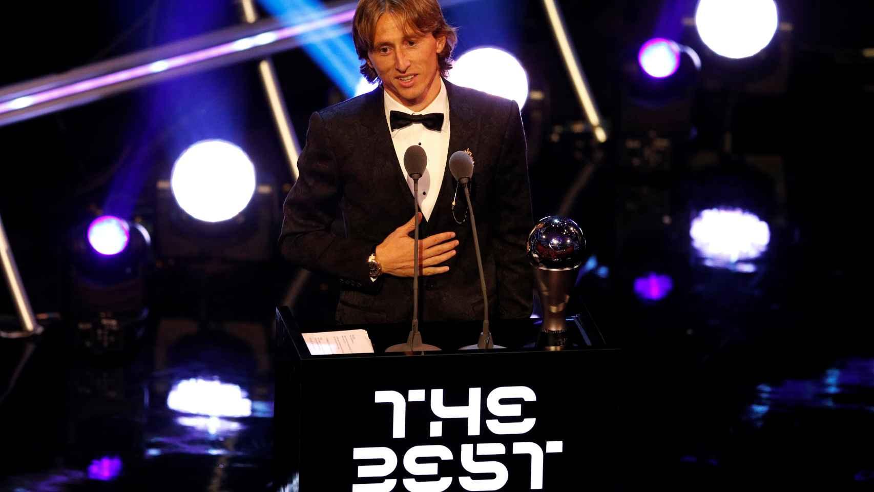 Modric recoge el premio The Best de la FIFA