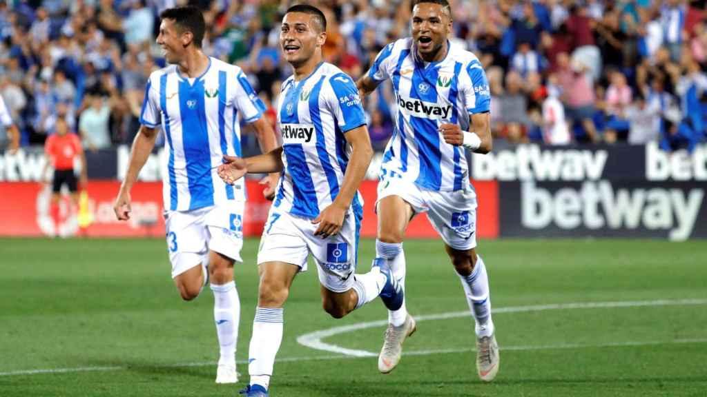 Óscar Rodríguez celebra su gol ante el Barcelona