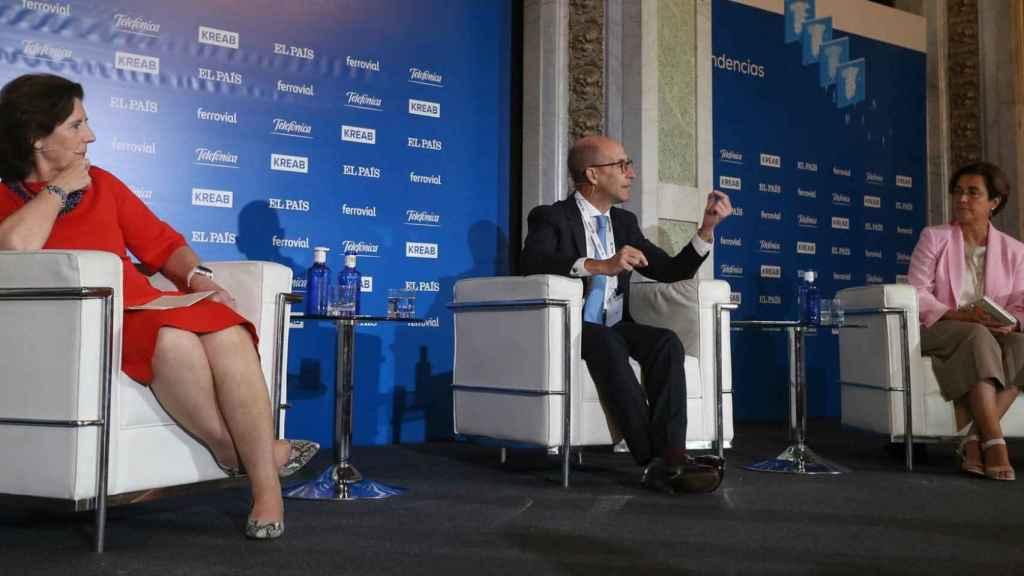 La presidenta de HP España, Helena Herrero; el presidente de General Electric España, Daniel Carreño, y la CEO de Iberdrola España, Ángeles Santamaría.