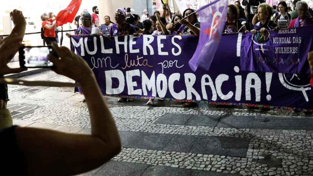 Manifestación de mujeres en contra de Bolsonaro.