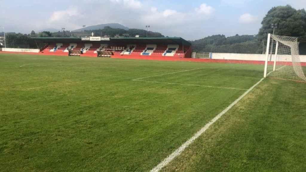 Campo de fútbol del Navia. Foto: Twitter (@femenino_f)