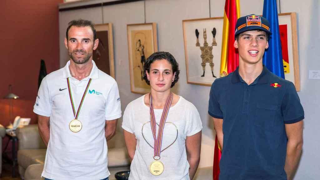 Alejandro Valverde y Ana Carrasco, los murcianos campeones del mundo de ciclismo y motociclismo respectivamente.