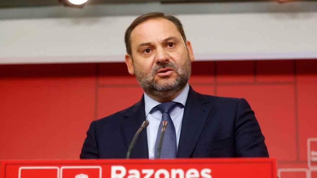 José Luis Ábalos, número 3 del PSOE, en su comparecencia de este lunes.