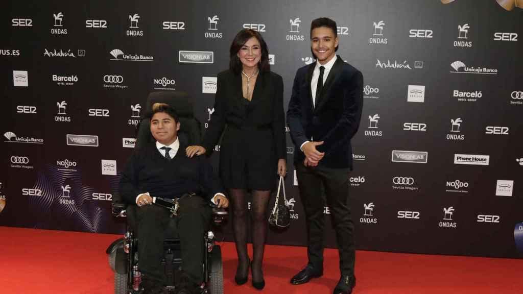 Gustavo, Isabel y Diego en un evento reciente.