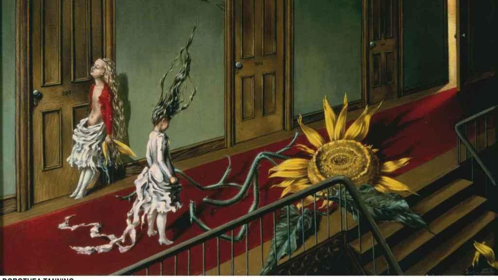 Eine Kleine Nachtmusik, de Dorothea Tanning. Adquisición con ayuda del Art Fund y el American Fund for the Tate Gallery.