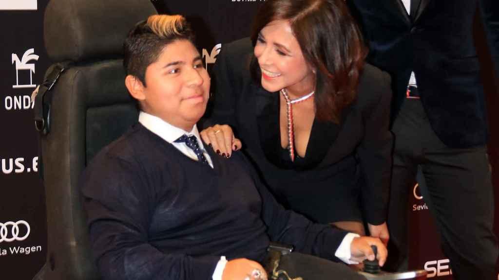 Isabel Gemio con su hijo en un evento de este año.
