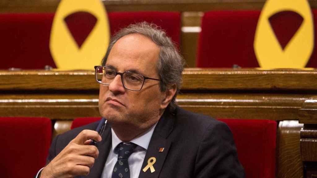 El presidente de la Generalitat, Quim Torra, en su escaño del Parlament.