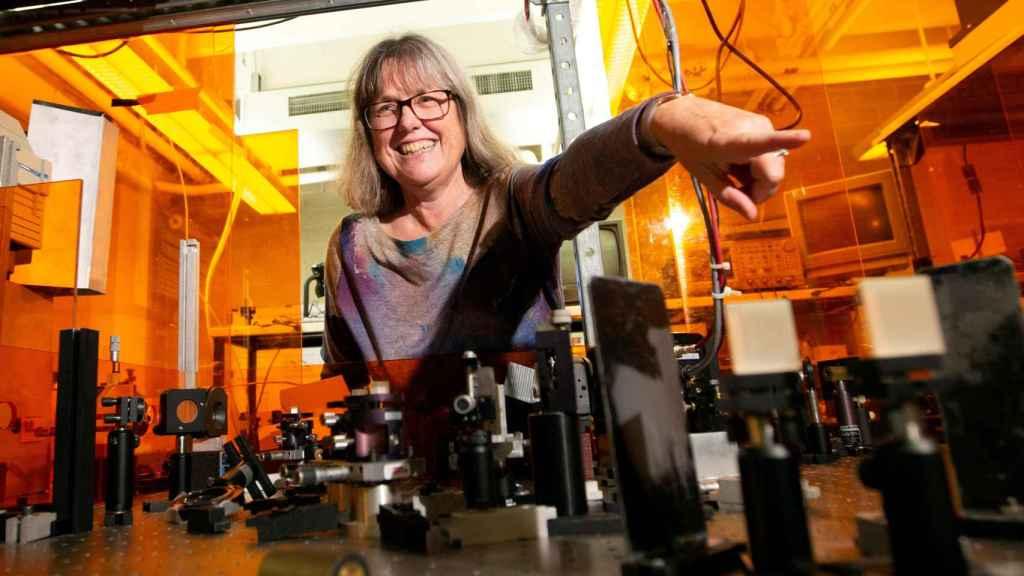 La nueva premio Nobel de Física, Donna Strickland.