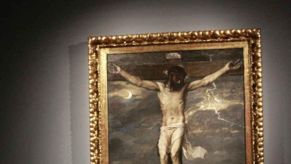 La obra 'Cristo crucificado' de Tiziano. / EFE