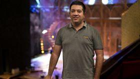 Iván Macías, director musical de 'El Médico', en el Teatro Nuevo Apolo.