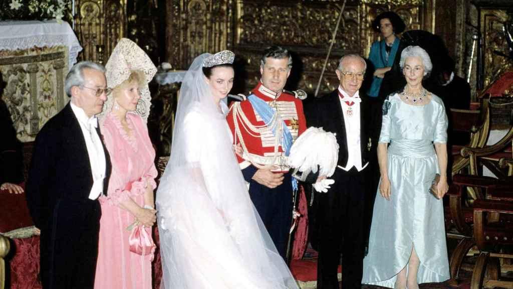 Carlos Fitz-James Stuart y Matilde Solís el día de su boda.