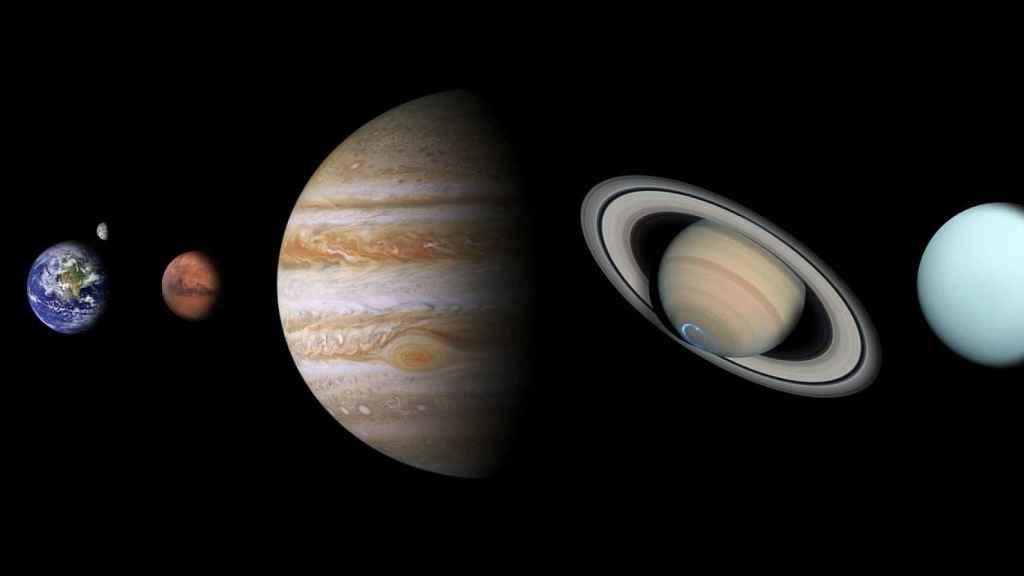 Montaje de los planetas y la Luna alrededor del Sol, sin Plutón.