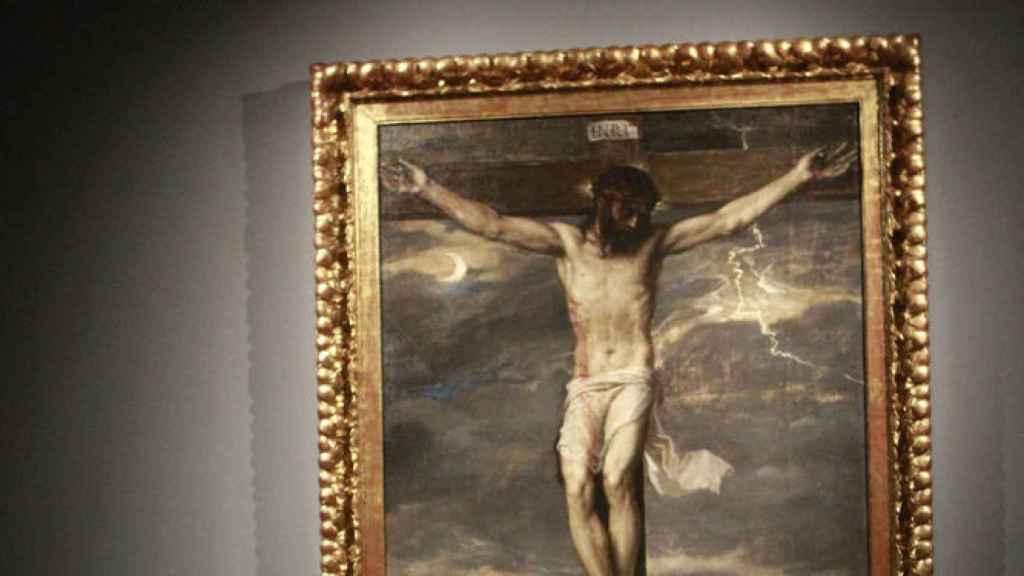 Cristo Crucificado de Tiziano, la obra que se cayó en El escorial.
