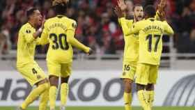 Los jugadores del Villarreal celebrando un gol