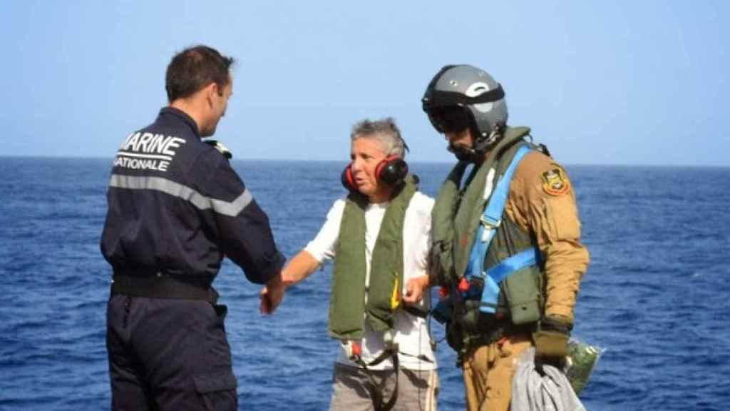 Evelyne Colombo, tras su rescate por la Armada española.