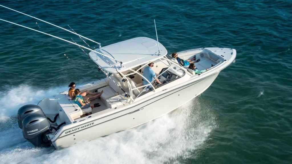 Una embarcación similar a la que fue comprada para el expresidente de Guatemala.