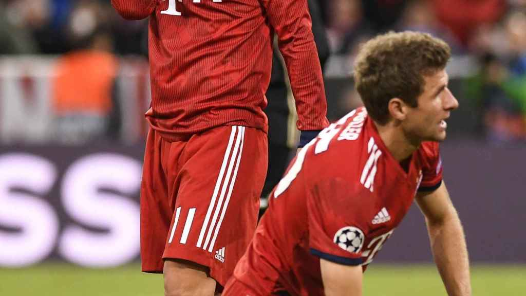 James, contrariado durante un partido del Bayern.