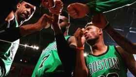 Jugadores de los Celtics. Foto: Instagram (@youngamechanger)