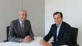 José Luis Gómez Aguirre, director general de HNA e Iñaki Peralta, director general de Sanitas Seguros.