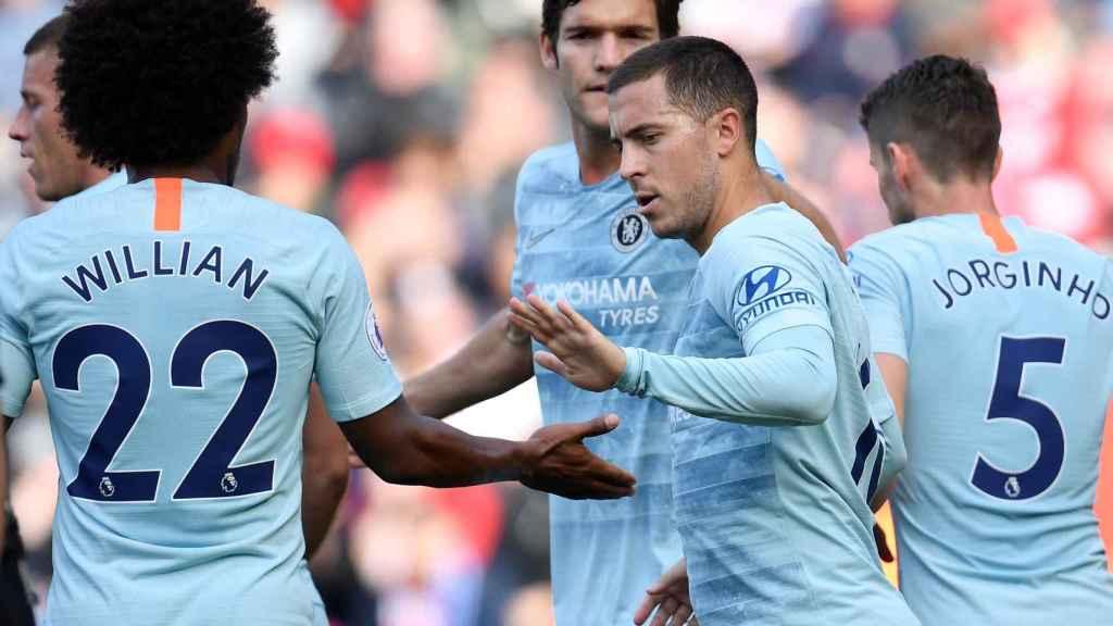 Hazard celebra un gol con el Chelsea