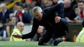 Mourinho celebrando uno de los goles del Manchester United