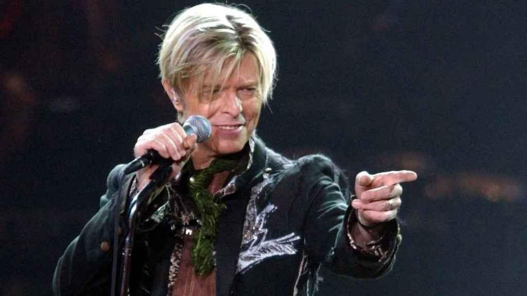 David Bowie en un concierto.