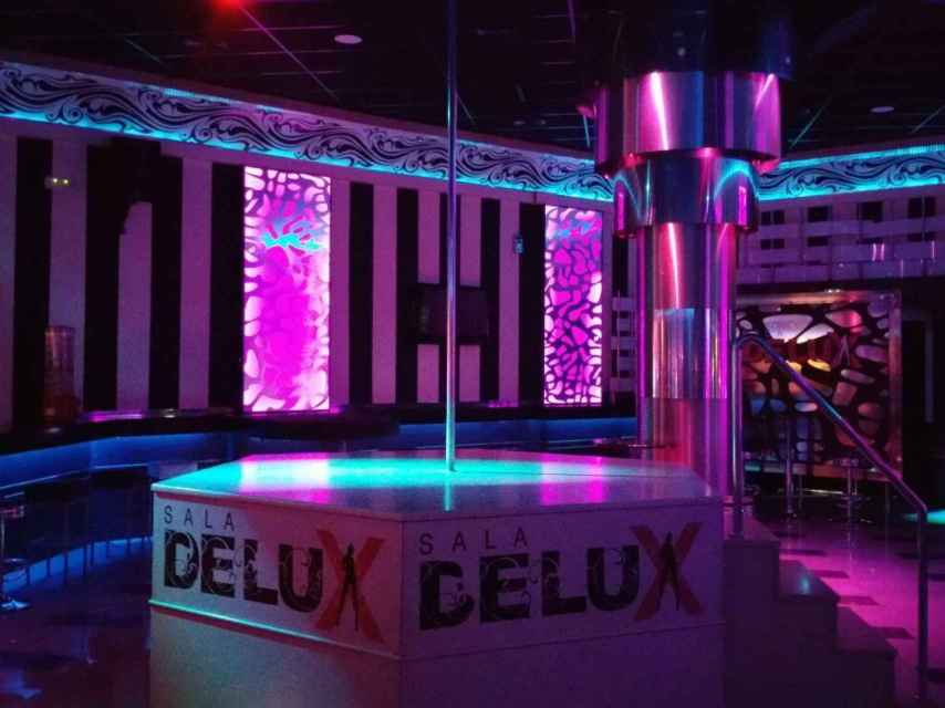 Sala de striptease del club de alterne Sala Delux, en Córdoba capital.