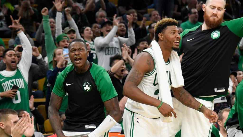 Celebración del banquillo de los Celtics. Foto: Twitter (@celtics)