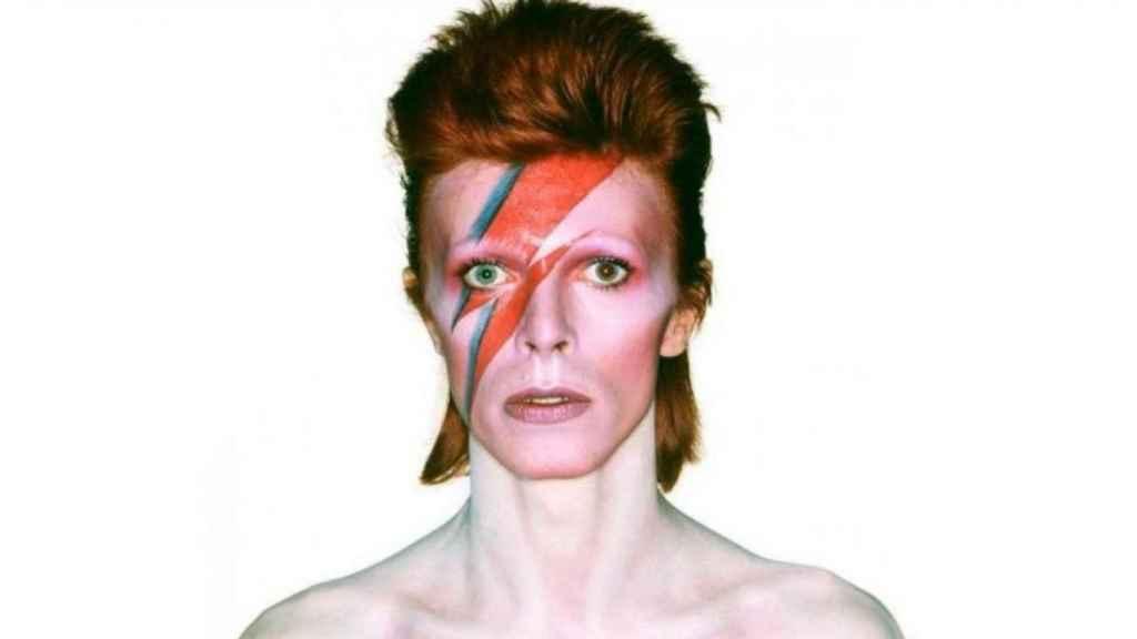 """""""Aburrido"""" y """"sin personalidad"""": el día en que la BBC rechazó a David Bowie."""