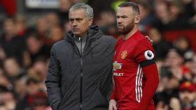 Mourinho y Rooney, en un partido de hace dos temporadas.