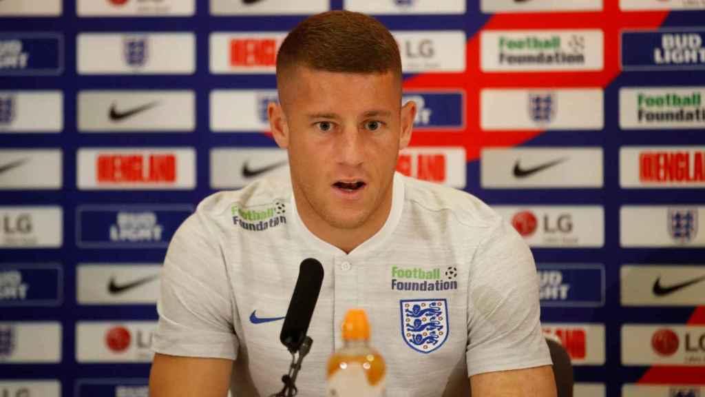 Ross Barkley en rueda de prensa con Inglaterra