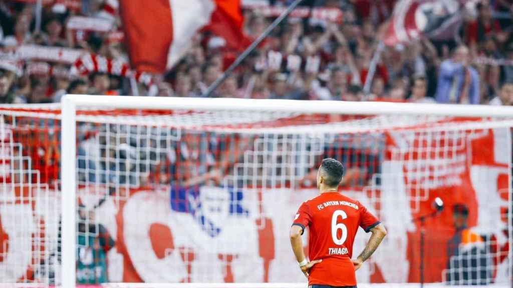 Thiago, en un partido del Bayern Múnich. Foto: Twitter (@Thiago6)