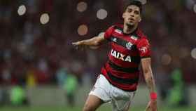 Lucas Paquetá celebra un gol con Flamengo