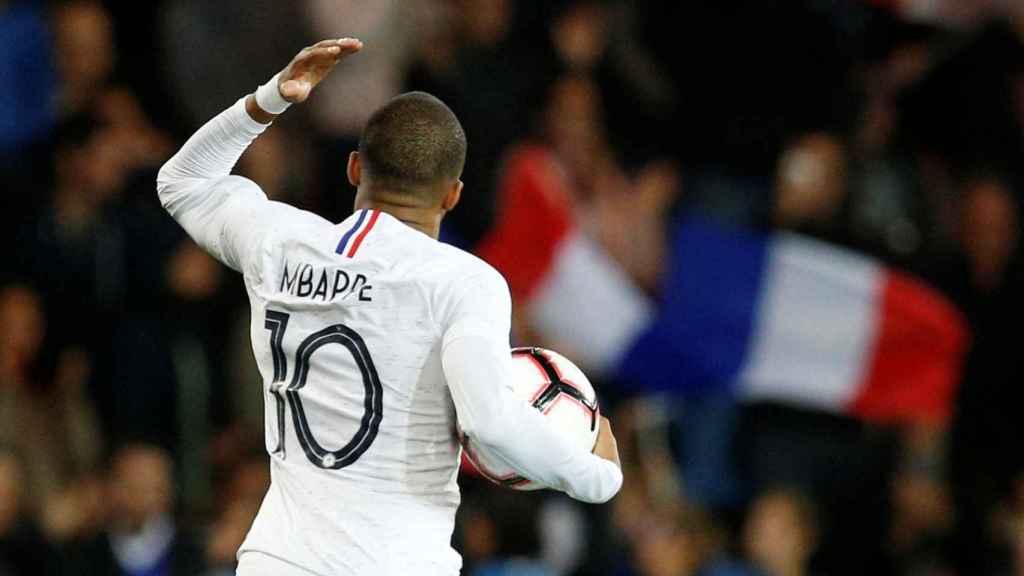 Mbappé, en un partido de la selección de Francia