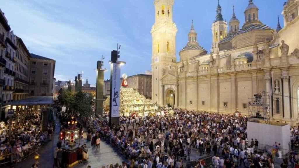 Zaragoza durante las fiestas del Pilar