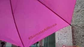 paraguas-dia-contra-cancer-mama-valladolid-3